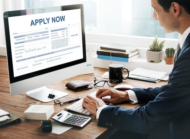 Aplikuj teraz formularz informacje koncepcja pracy