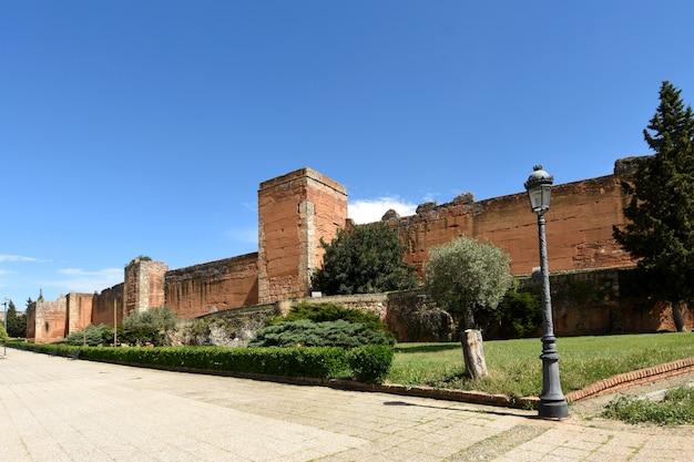 Arabska ściana niebla, prowincja huelva, andaluzja, hiszpania