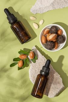 Aranżacja olejku arganowego z góry