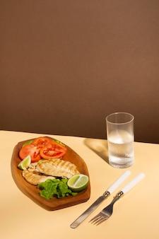Aranżacja pysznego przygotowanego posiłku