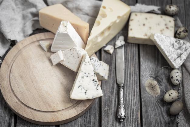 Aranżacja serów dla smakoszy