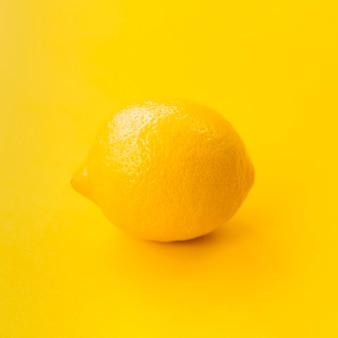 Aranżacja z cytryną