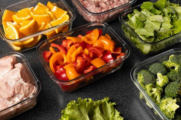 Aranżacja zdrowej surowej żywności