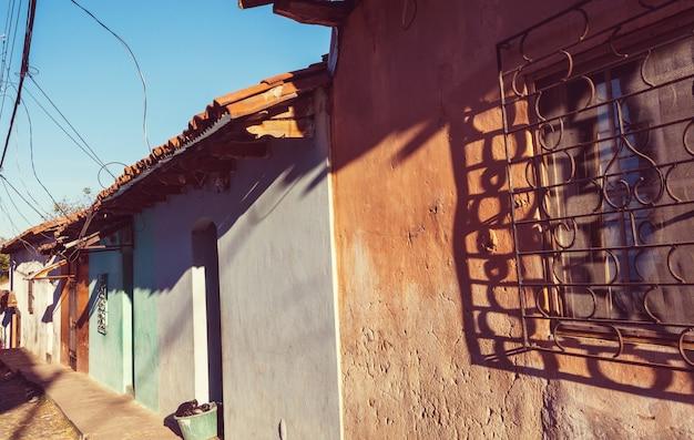 Architektura kolonialna w el salvador w ameryce środkowej