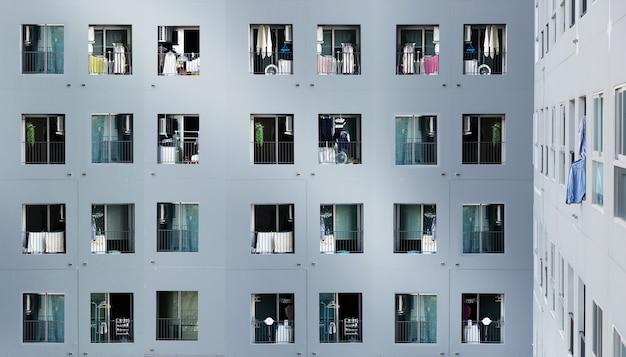 Architektura Miejskiej Rezydencji Miejskiej Pokazuje Populację Korony Mieszkającej Z Wysokiego Widoku Nieruchomości Premium Zdjęcia