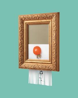 Archiwalna ramka z autodestrukcyjnym zdjęciem uśmiechniętej dziewczyny trzymającej balon z pomidora na niebieskim tle. symbol sztuki współczesnej.