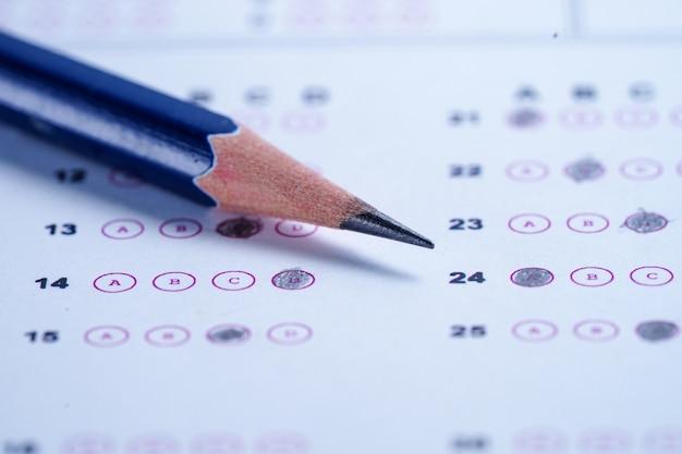 Arkusze odpowiedzi wypełnij rysunkiem ołówkiem, aby wybrać wybór