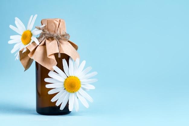 Aromatyczny olejek z rumiankiem.