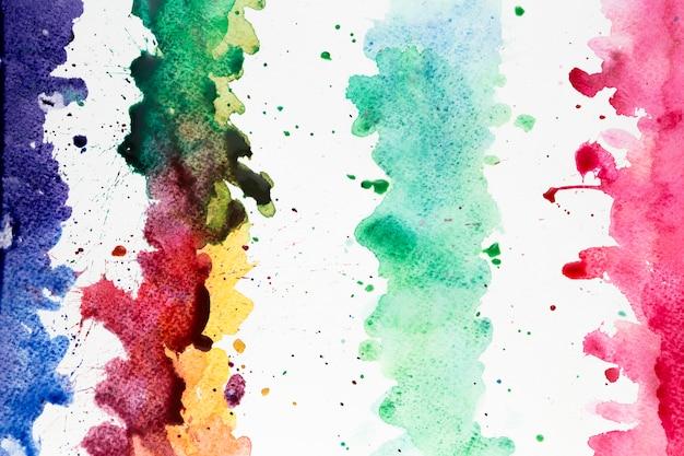 Artystyczne kolorowe pociągnięcia pędzlem akwarela