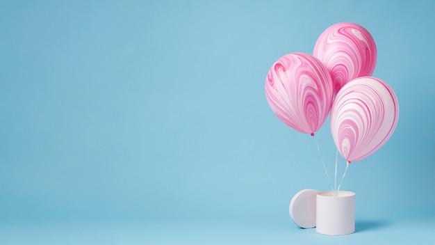 Asortyment abstrakcyjnych świątecznych balonów