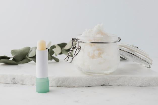Asortyment do zabiegów kosmetycznych z masłem shea