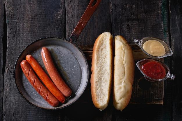 Asortyment domowych hot-doga