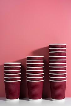 Asortyment ekologicznej zastawy stołowej