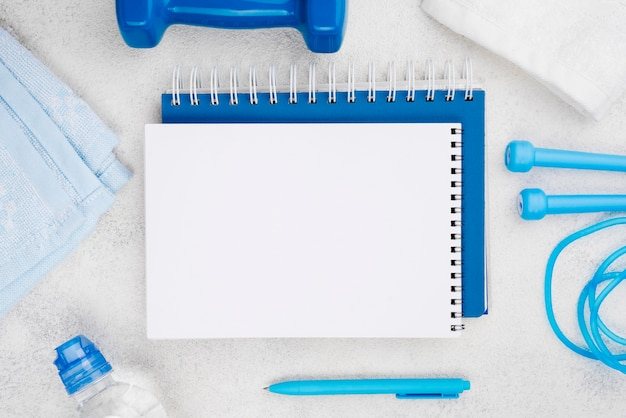 Asortyment hantli i notebooków