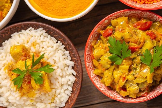 Asortyment indyjskich potraw