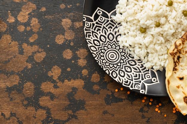 Asortyment indyjskiej żywności z miejsca na kopię