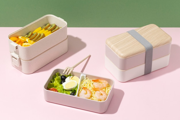 Asortyment japońskich pudełek bento