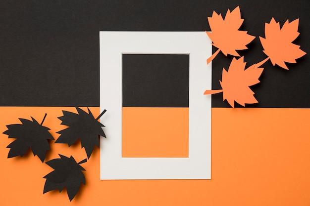 Asortyment jesiennych liści w białej ramce