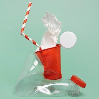 Asortyment Nieszkodliwych Dla środowiska Elementów Plastikowych Darmowe Zdjęcia