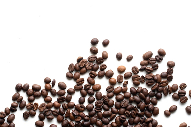 Asortyment palonych ziaren kawy z miejsca na kopię