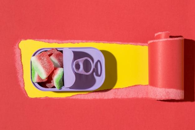 Asortyment płaskich pysznych cukierków
