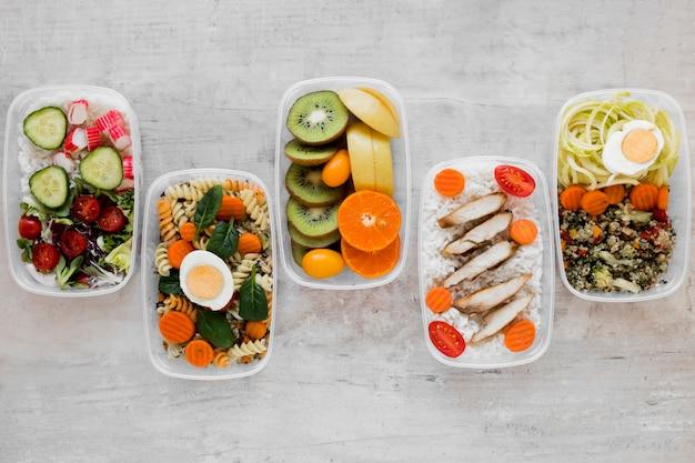 Asortyment posiłków z pożywieniem