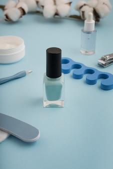 Asortyment produktów do pielęgnacji paznokci