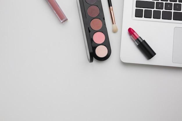 Asortyment produktów i makijażu
