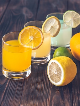 Asortyment soków cytrusowych