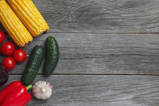 Asortyment świeżych warzyw z gospodarstwa