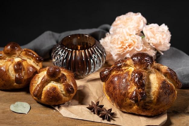 Asortyment tradycyjnego chleba zmarłych