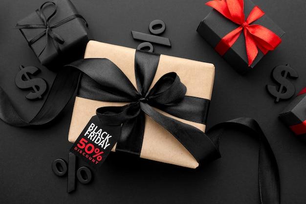 Asortyment w czarny piątek z prezentami