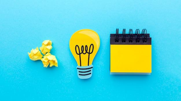 Asortyment z widokiem z góry z elementami innowacji