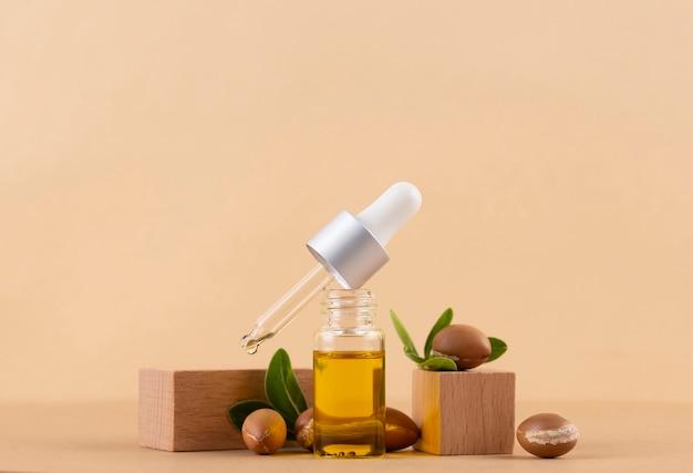 Asortyment zdrowych olejków arganowych