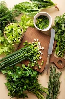 Asortyment zielonych warzyw widok z góry