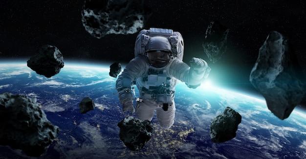 Astronauta pływający w przestrzeni elementy renderowania 3d