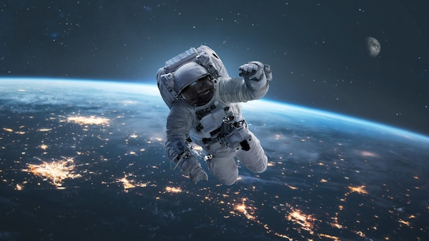 Astronauta z ziemią