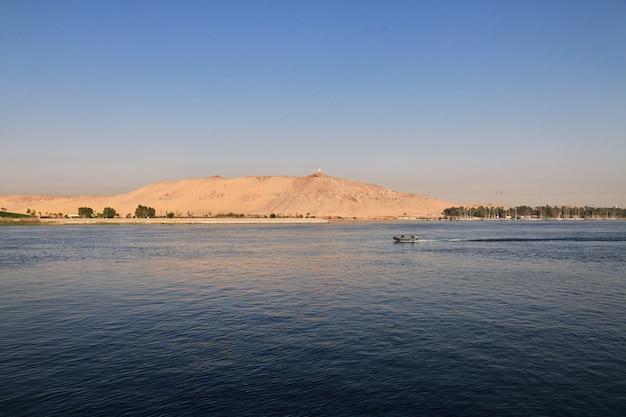 Asuan miasto w egipcie na nilu