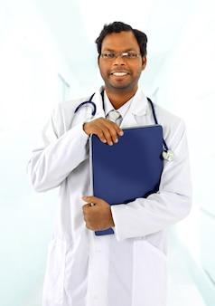 Atrakcyjny młody lekarz