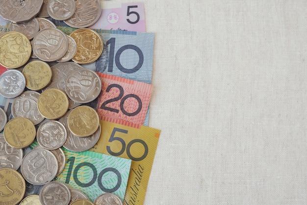 Australijskie pieniądze aud z przestrzenią kopii