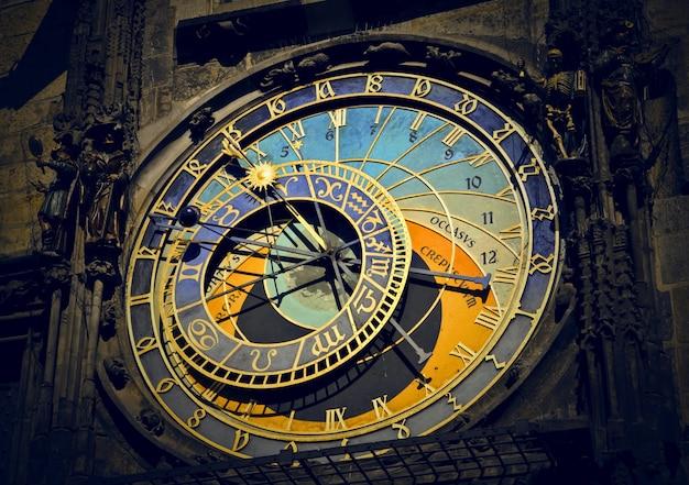 Autentyczny zegar w pradze