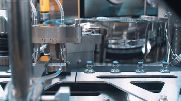Automatyczna maszyna do pakowania ampułek ze szczepionką