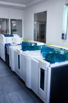 Automatyka medyczna w laboratorium. aparatura do analizy.