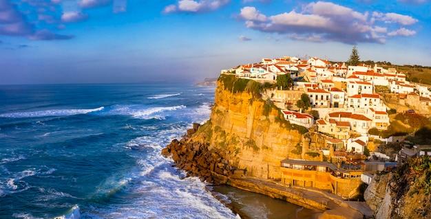 Azenhas do mar - malownicza wioska na atlantyckim wybrzeżu portugalii