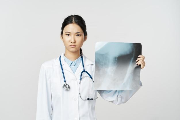Azjatycka grypa, lekarka i wirus w chinach, koronawirus 2019-ncov