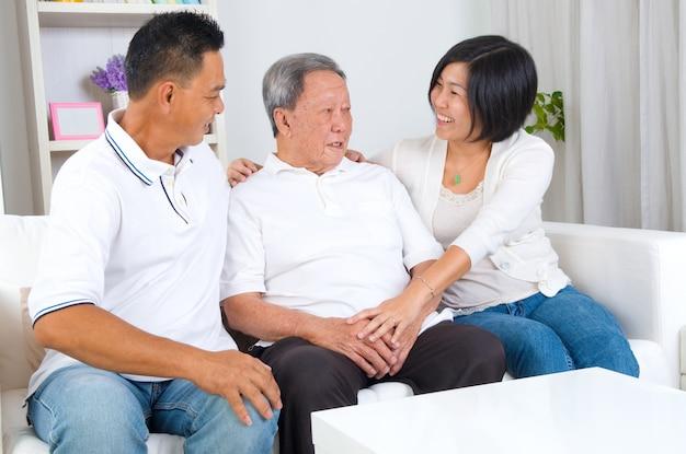 Azjatycka rodzina