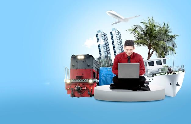 Azjatycki biznesmen używa laptop robić podróżnemu rozkładowi dla wakacje
