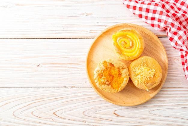 Babeczki biszkoptowe z serem
