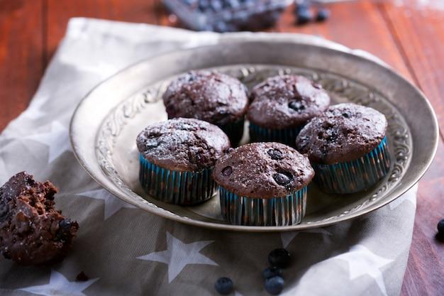 Babeczki czekoladowe - amerykańskie słodkie jedzenie