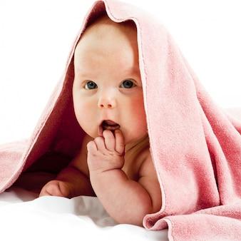 Baby girl im ręcznik